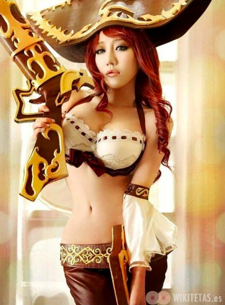 lol.cosplay.wikitetas11