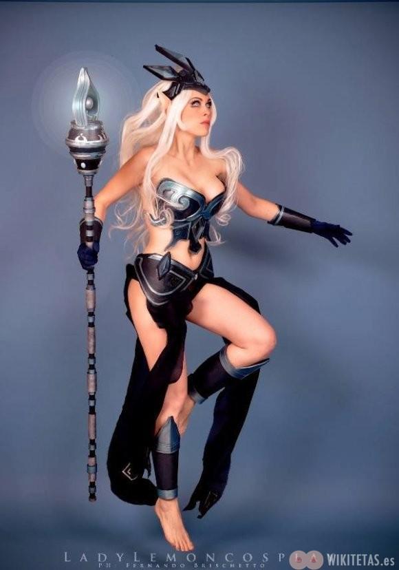 lol.cosplay.wikitetas17