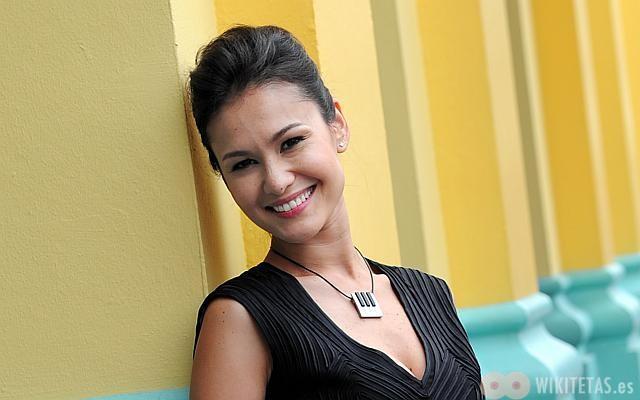Eunice Olsen (Singapur)