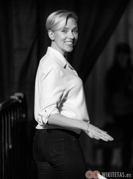 Scarlett.Johansson.wikitetas4