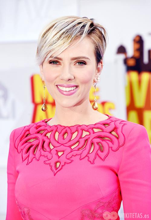 Scarlett.Johansson.wikitetas5