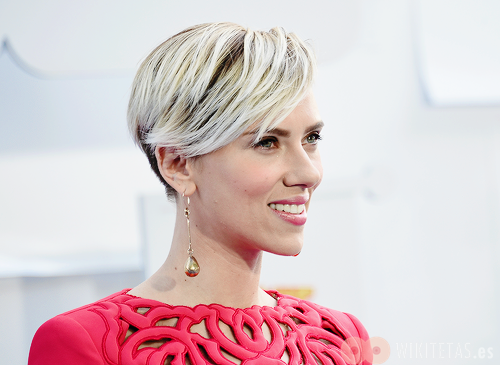 Scarlett.Johansson.wikitetas8