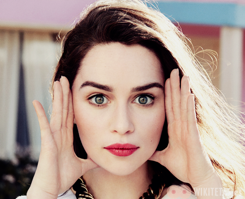 Emilia.Clarke.wikitetas16